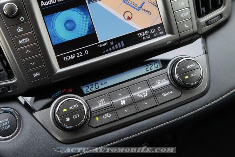 nouveau Toyota RAV4 2.0 D4-D 4X2 Lounge
