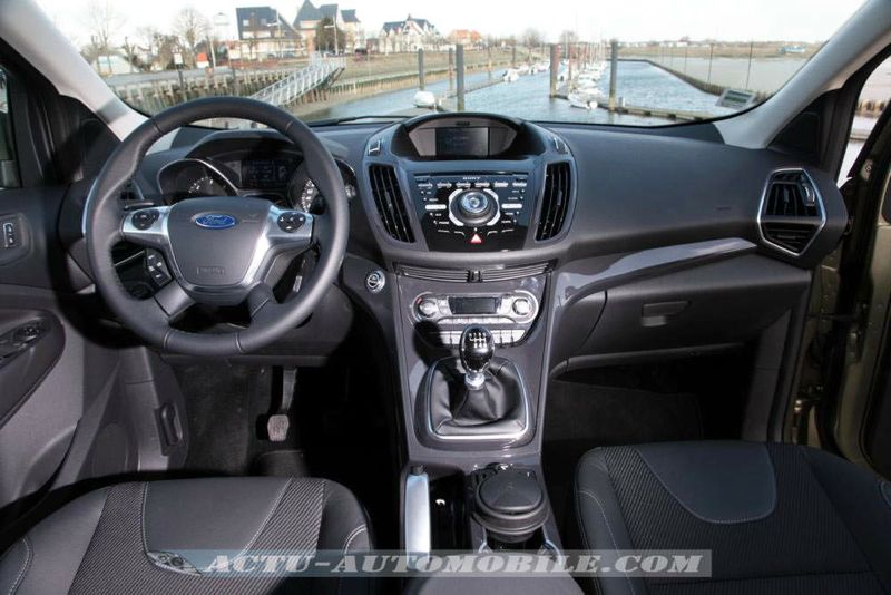 essai nouveau ford kuga titanium 2 0 tdci 140 actu automobile. Black Bedroom Furniture Sets. Home Design Ideas