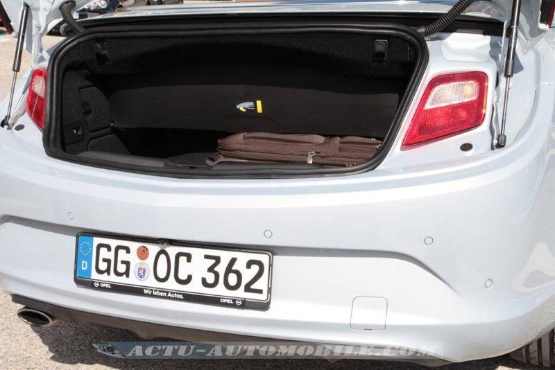 Opel Cascada 1.6 SIDI Turbo Cosmo Pack