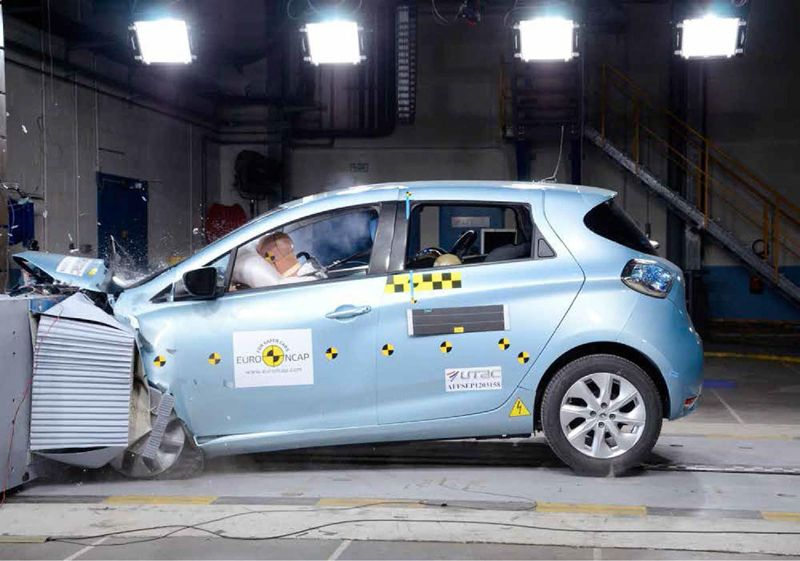 renault zoe 5 toiles au crash test euroncap. Black Bedroom Furniture Sets. Home Design Ideas
