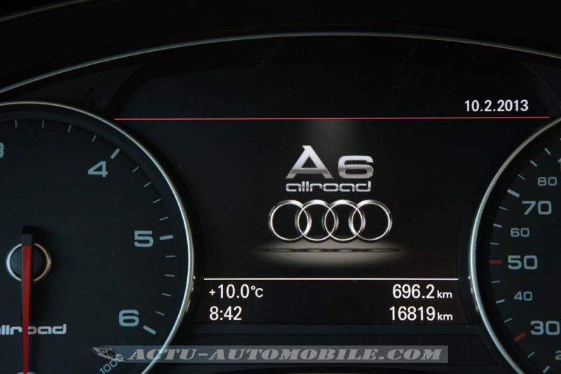 Audi_A6_Allroad_42_mini