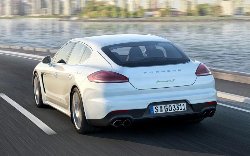 Porsche_Panamera_3