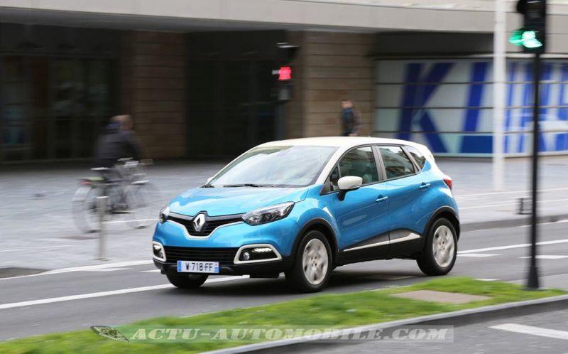Renault_Captur_17_mini