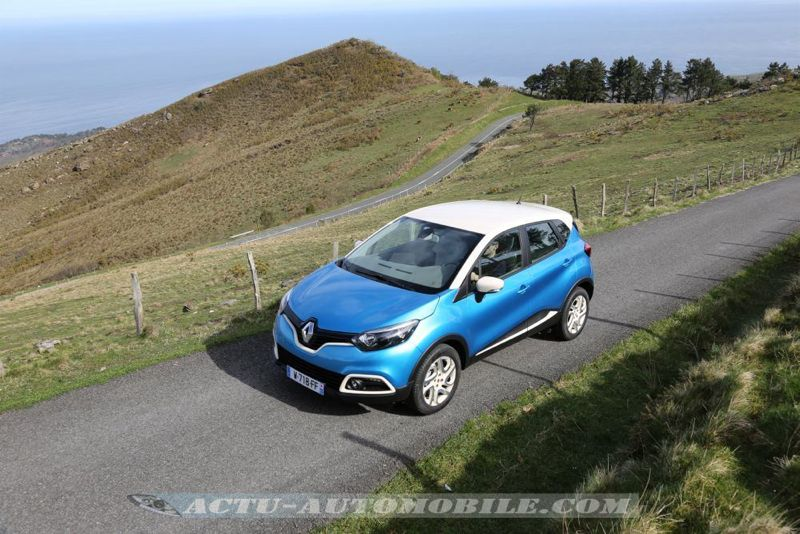 Renault_Captur_24_mini
