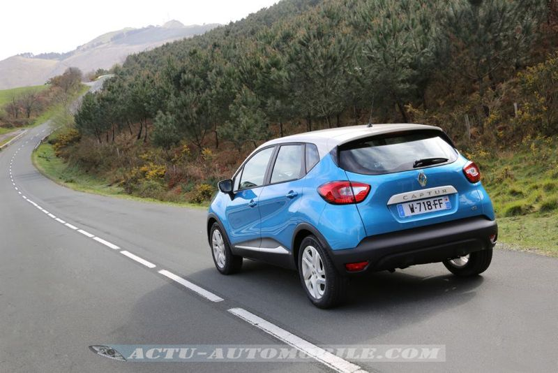 Renault_Captur_25_mini