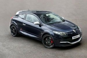 Renault-Megane-RS-RB8-1_mini