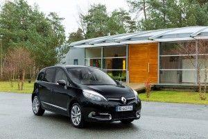 Renault_Scenic_2013_4