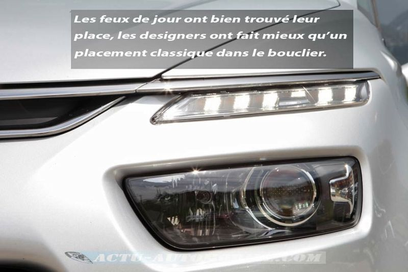 Feux de jour nouveau Citroën C4 Pïcasso