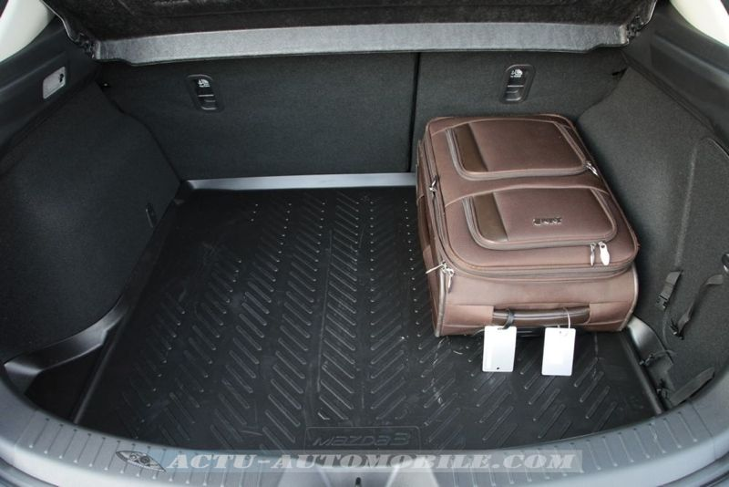 Planche de bord nouvelle Mazda 3