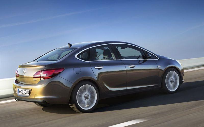 Opel Astra berline
