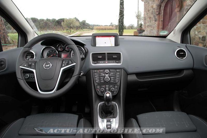 Planche de bord Opel Meriva restylé