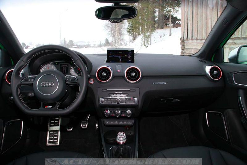 Planche de bord Audi S1 Sportback