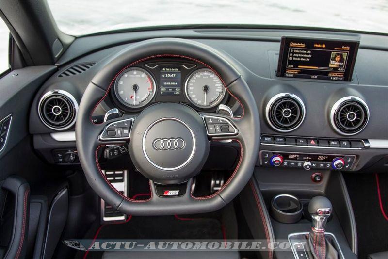 Planche de bord Audi S3 Cabriolet
