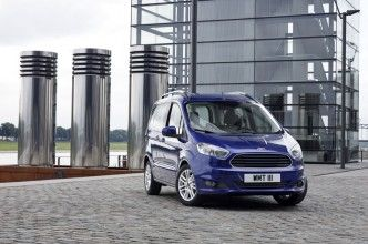 Ford-Tourneo-Courier-2