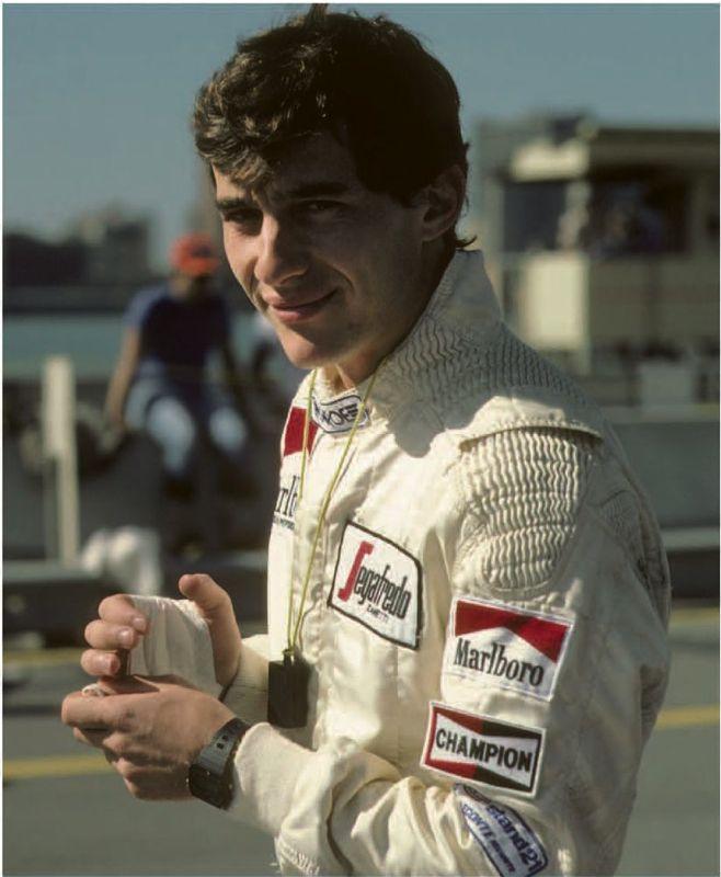 Livre Ayrton Senna, la victoire à tout prix par Bernard Asset et Arnaud Briand - éditions Hugo Image