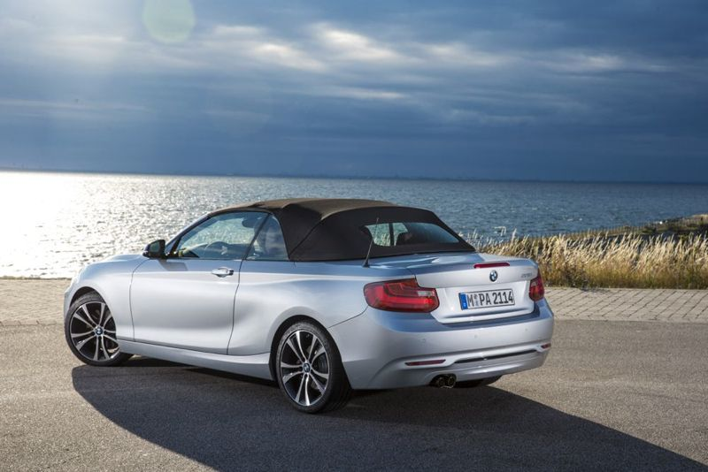 les prix de la nouvelle bmw s rie 2 cabriolet. Black Bedroom Furniture Sets. Home Design Ideas