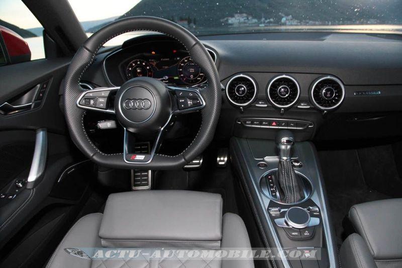 Planche de bord Audi TT 2014