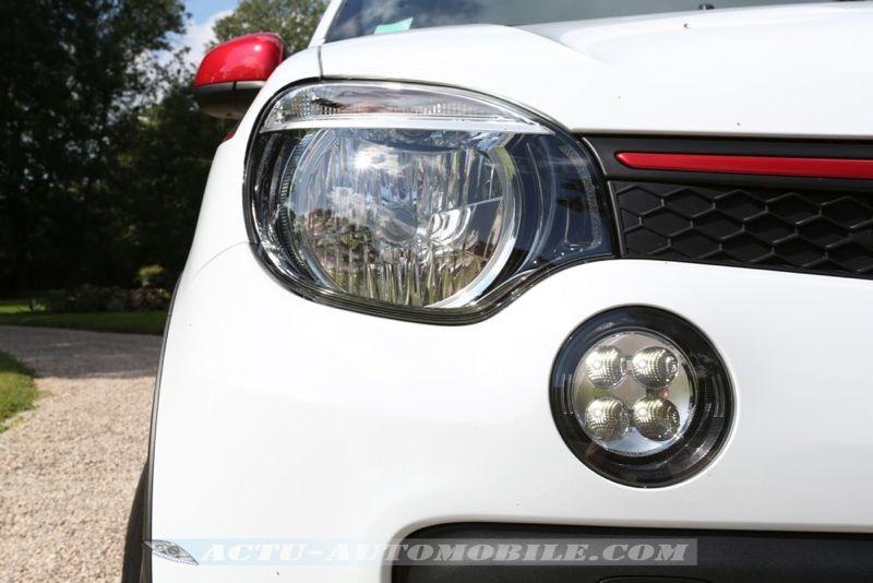 Phare avant nouvelle Renault Twingo TCe 90