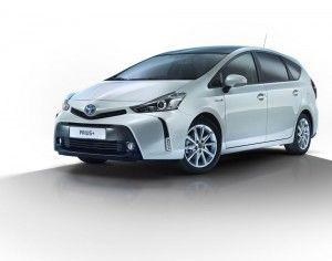 Toyota-Prius-2015-1