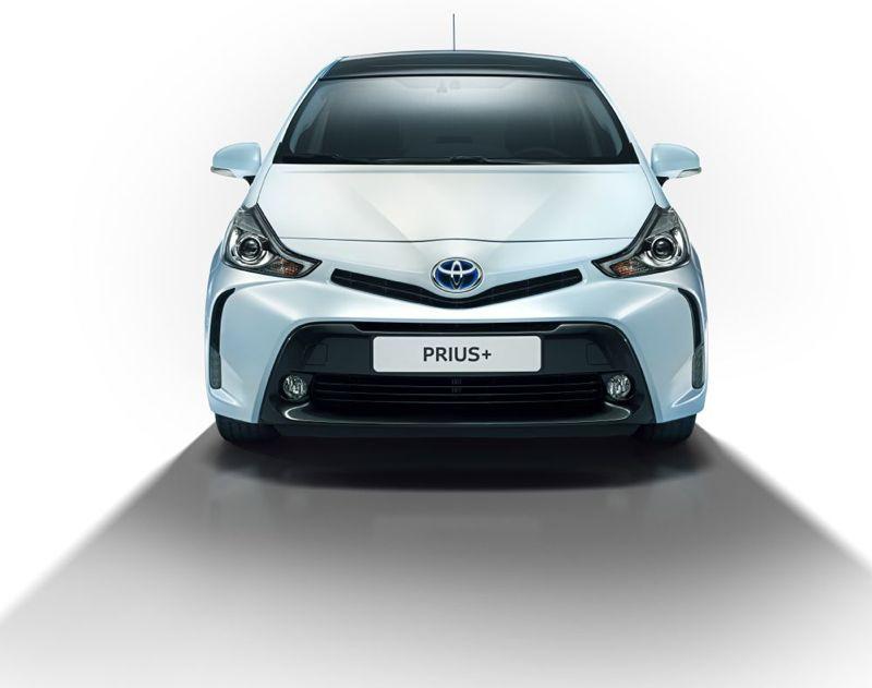 Toyota-Prius-2015-3