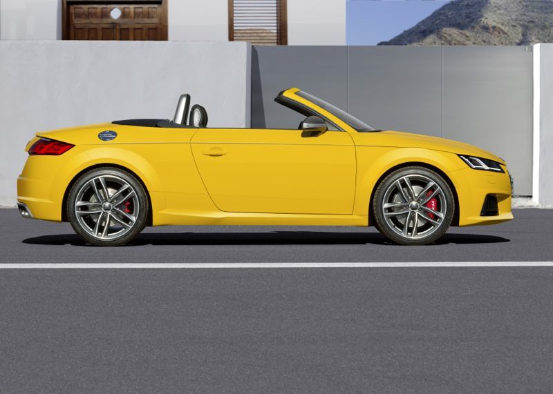Audi TT-S Roadster 2014