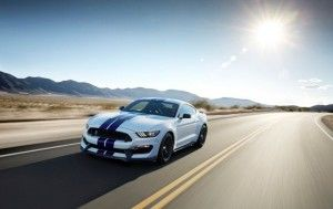 Mustang-Shelby-GT350-1