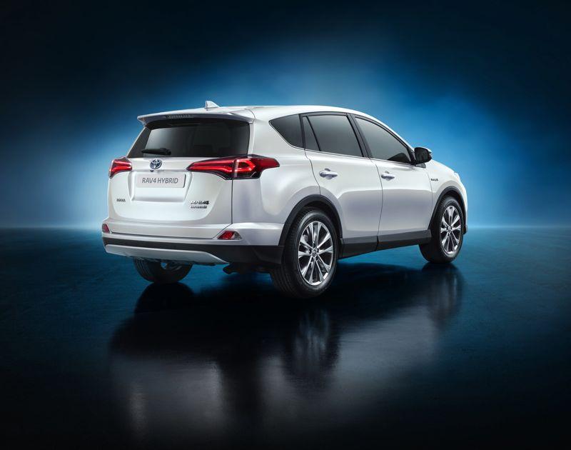 Toyota rav4 restyling et hybridation actu automobile for Housse qashqai 2016