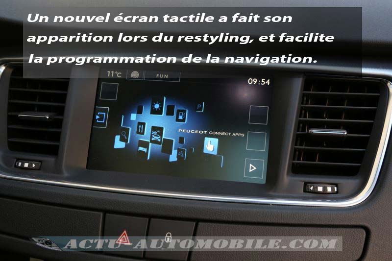 Ecran tactile Peugeot 508 restylée