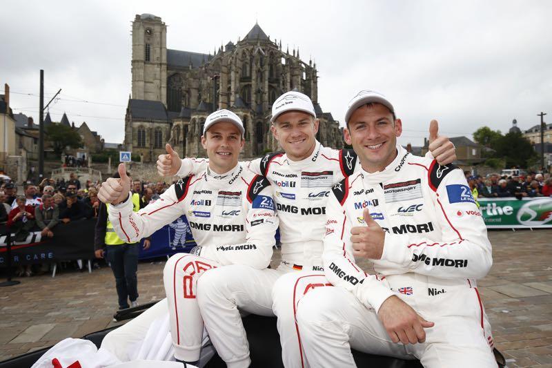 Porsche Team: Earl Bamber, Nico Hülkenberg, Nick Tandy (l-r)