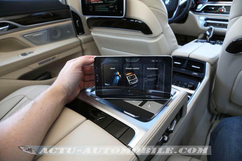 Tablette Samsung intégrée à la nouvelle BMW Série 7