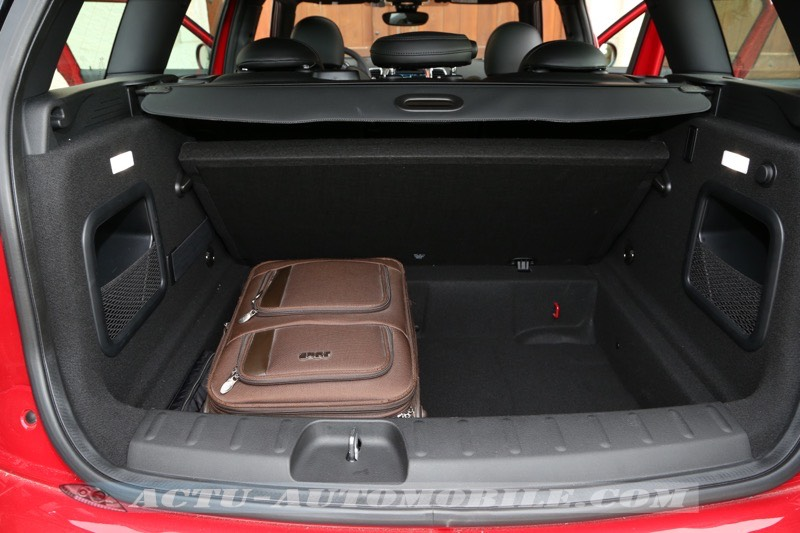 essai nouveau mini clubman cooper s look cooper works actu automobile. Black Bedroom Furniture Sets. Home Design Ideas