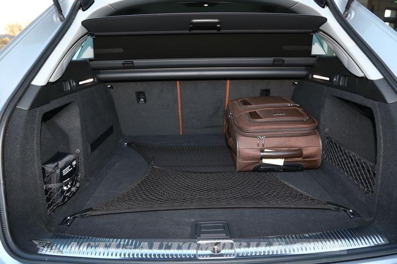 Coffre de la nouvelle Audi A4 Avant