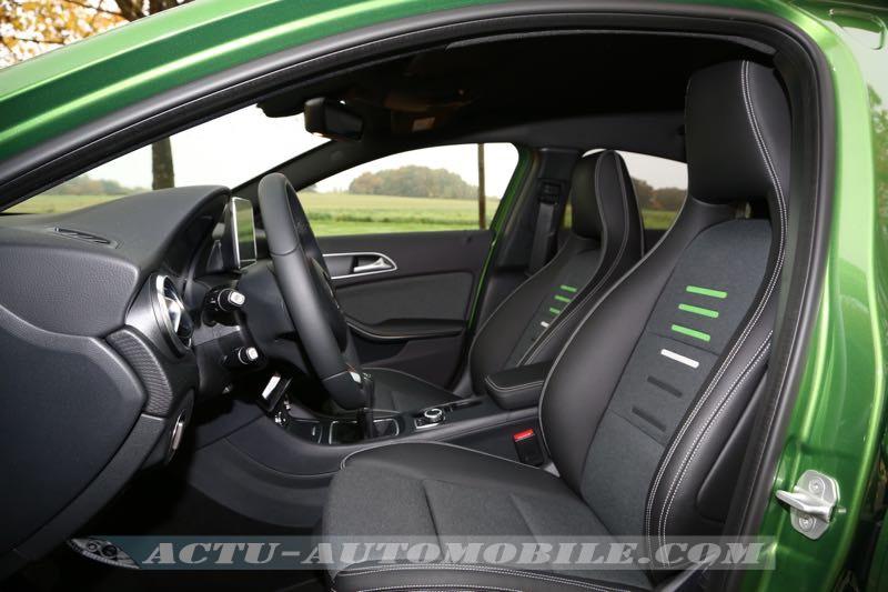 Sièges avant intégraux Mercedes Classe A restylée