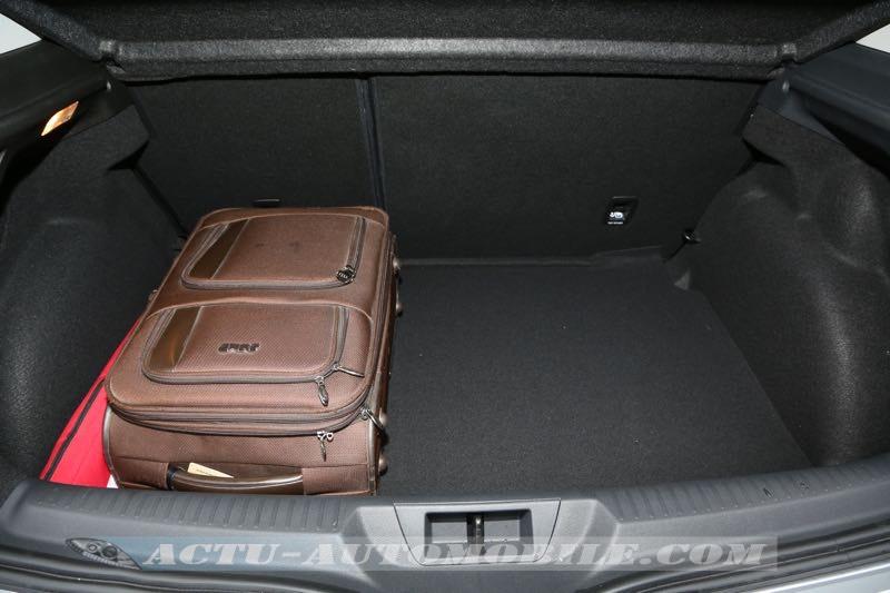 Coffre de la nouvelle Renault Mégane berline