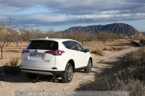 Essai Toyota RAV4 Hybride 2016