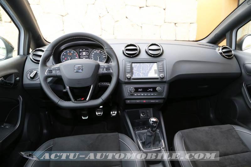 Tableau de bord Seat Ibiza Cupra 2015