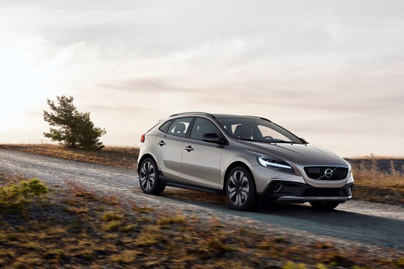 Volvo V40 Cross Country restylée