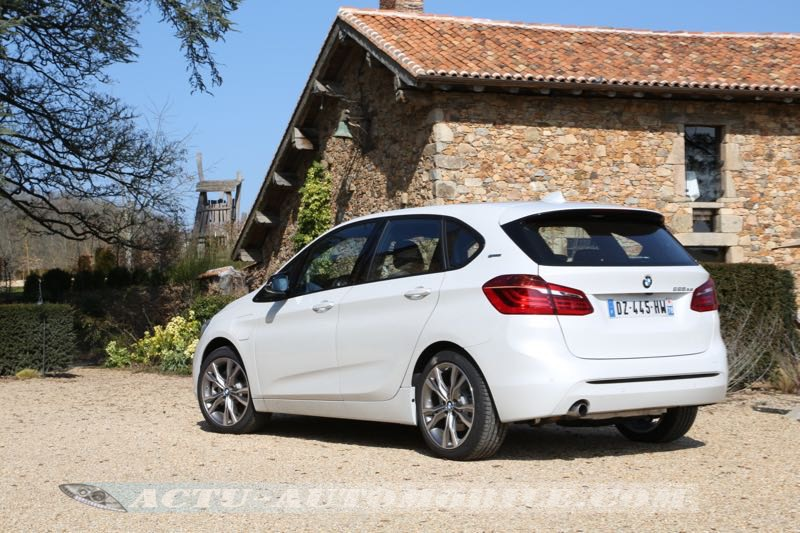essai bmw s rie 2 active tourer 225 xe hybride. Black Bedroom Furniture Sets. Home Design Ideas