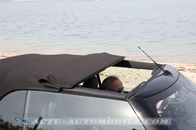 Position toit ouvrant de la capote de la nouvelle Mini Cabrio