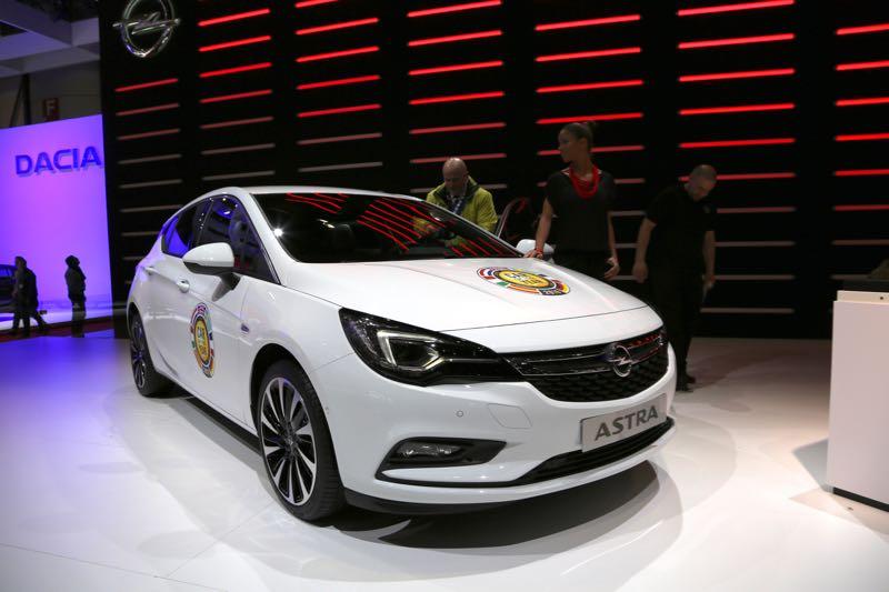 Opel Astra : voiture de l'année 2016