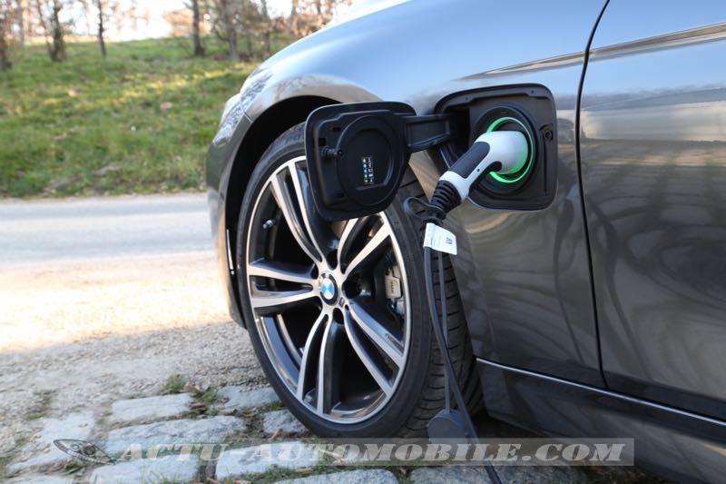 Prise BMW 330e