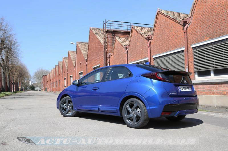 Essai Honda Civic 1.8 i-VTEC 142 X Edition