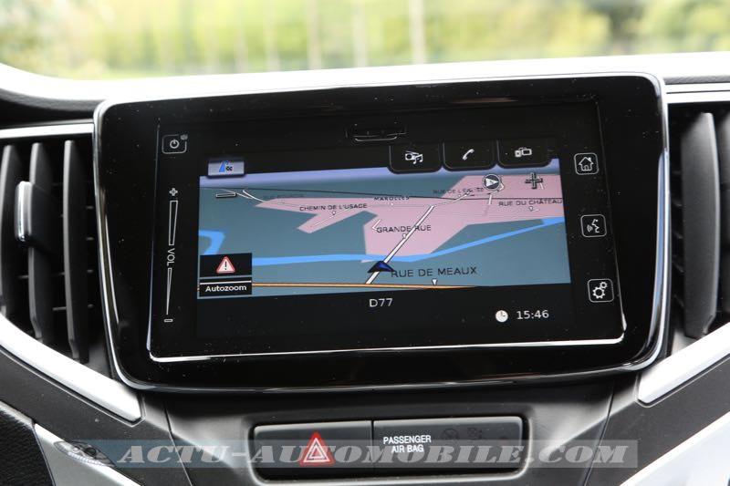 Système de navigation de la Suzuki Baleno