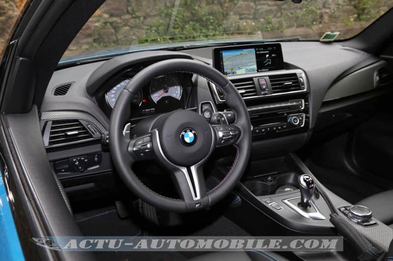 Planche de bord de la BMW M2