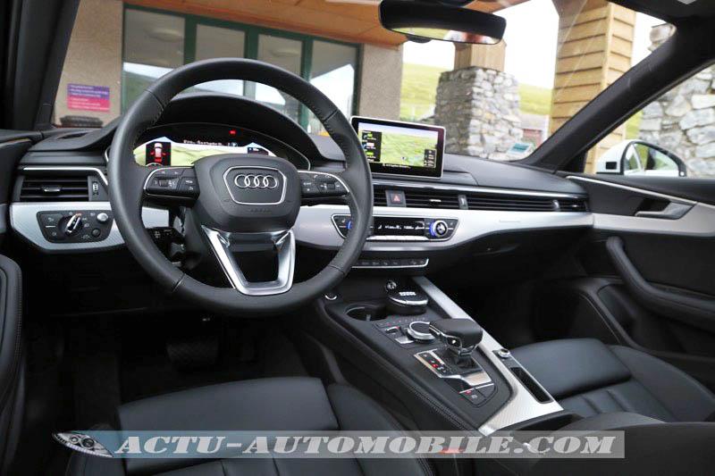 Planche de bord de l'Audi A4 Allroad Quattro Design Luxe