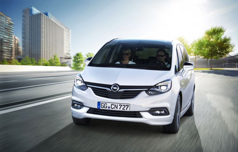 opel zafira restyling pour le monospace allemand. Black Bedroom Furniture Sets. Home Design Ideas