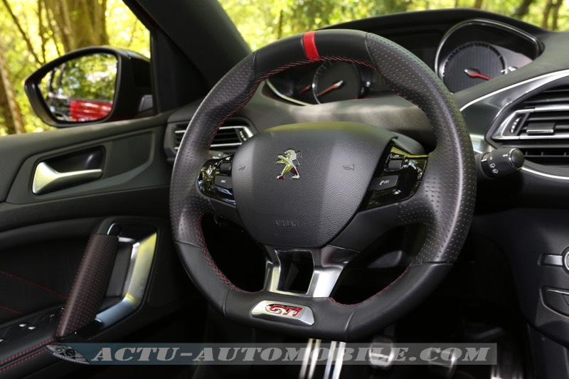essai peugeot 308 gti 270 sobre et efficace actu automobile. Black Bedroom Furniture Sets. Home Design Ideas