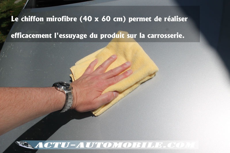 Opération d'essuyage Cire Ultimate Wax