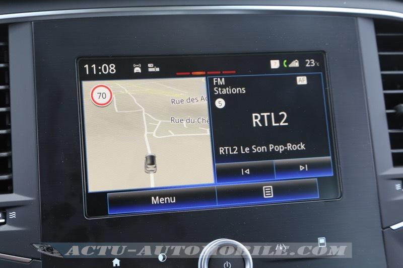 Ecran R Link 2 optionnel de la Mégane Zen