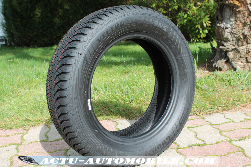 Goodyear 4Seasons Gen-2